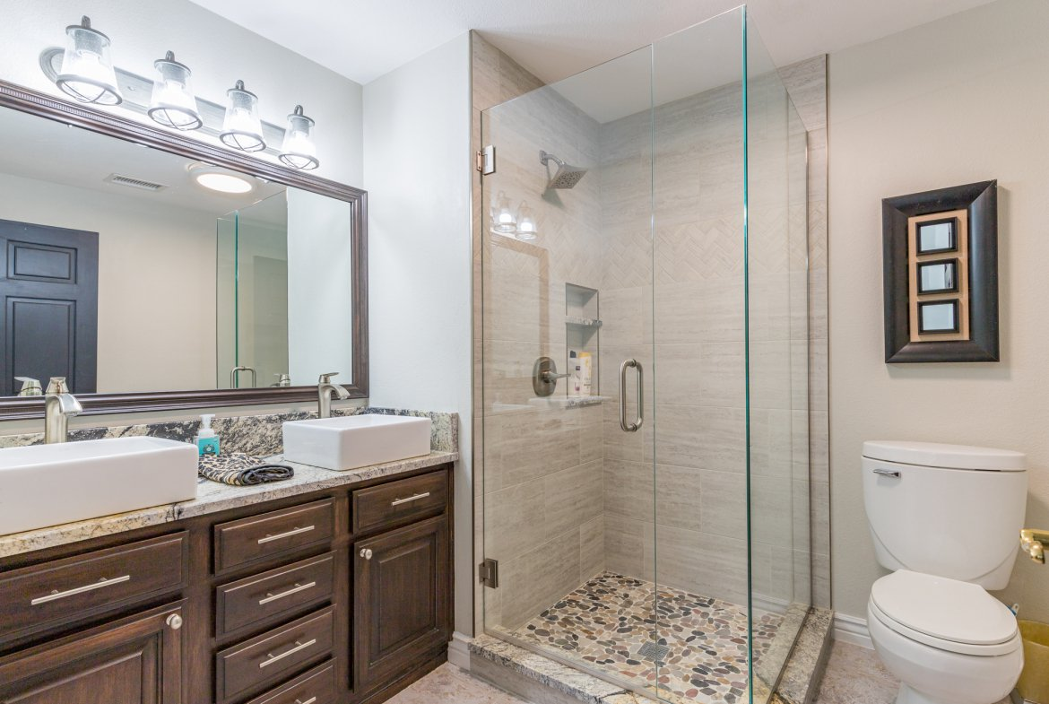 Bathroom with Dual Sinks - 16955 Wildwood Dr. Montrose, CO 81403 - Atha Team Luxury Real Estate