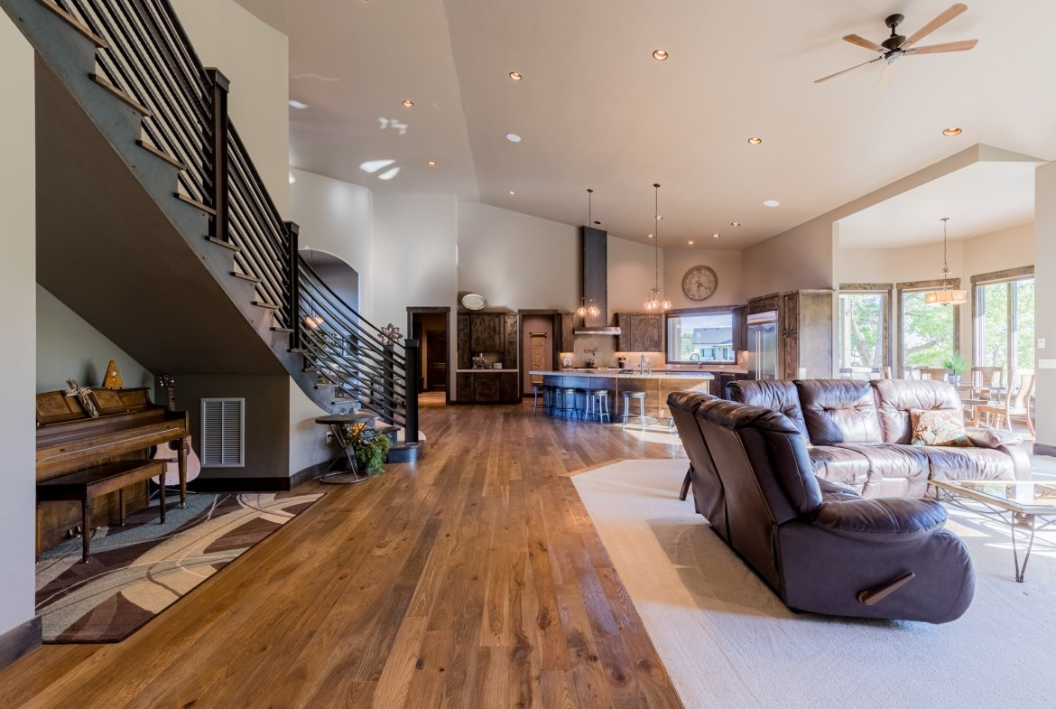 Cathedral Ceilings - 15067 6140 Ln Montrose, CO 81403 - Atha Team Luxury Real Estate