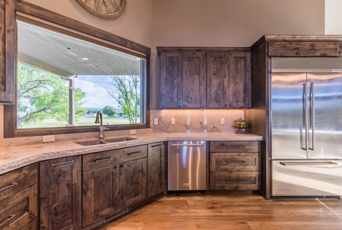 Kitchen Custom Cabinets - 15067 6140 Ln Montrose, CO 81403 - Atha Team Luxury Real Estate