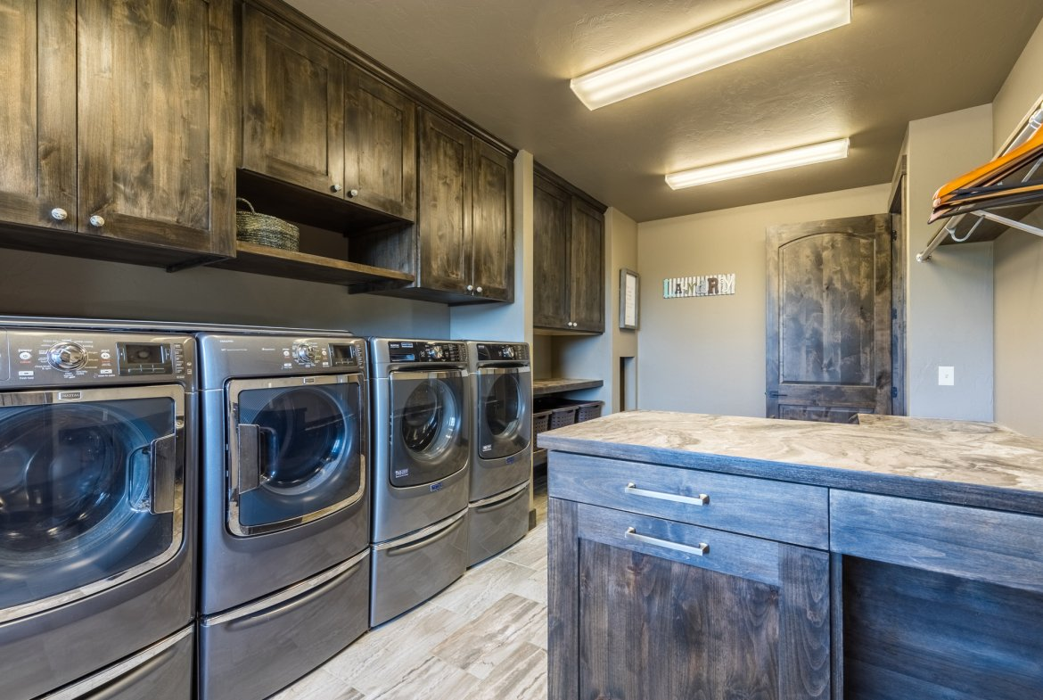 Laundry Room with Double Appliances - 15067 6140 Ln Montrose, CO 81403 - Atha Team Luxury Real Estate