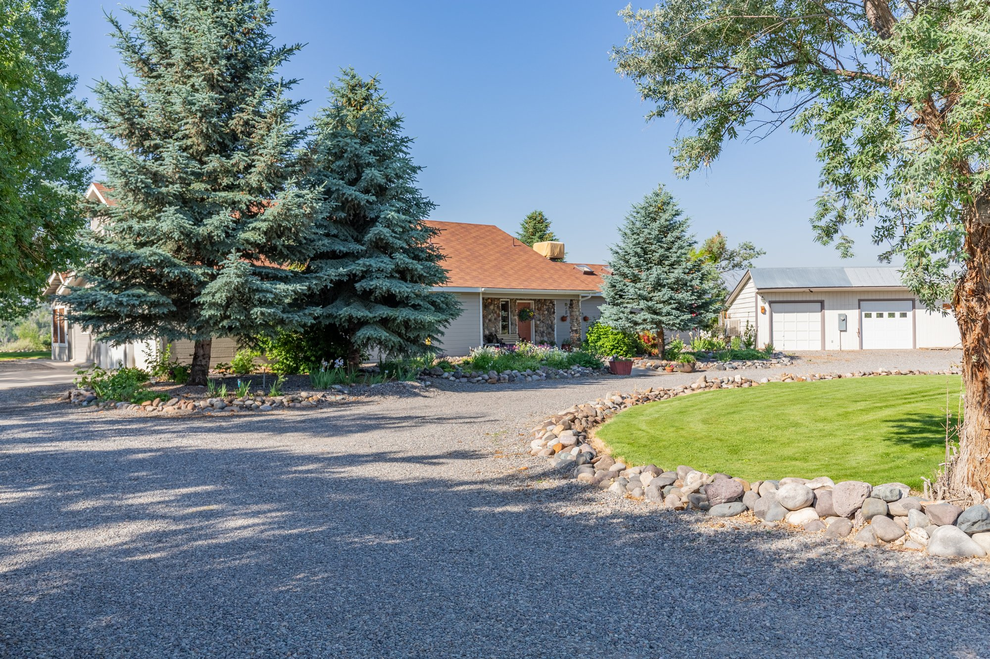 Circle Drive Entrance - 17777 6650 Rd Montrose, CO 81403 - Atha Team Country Real Estate