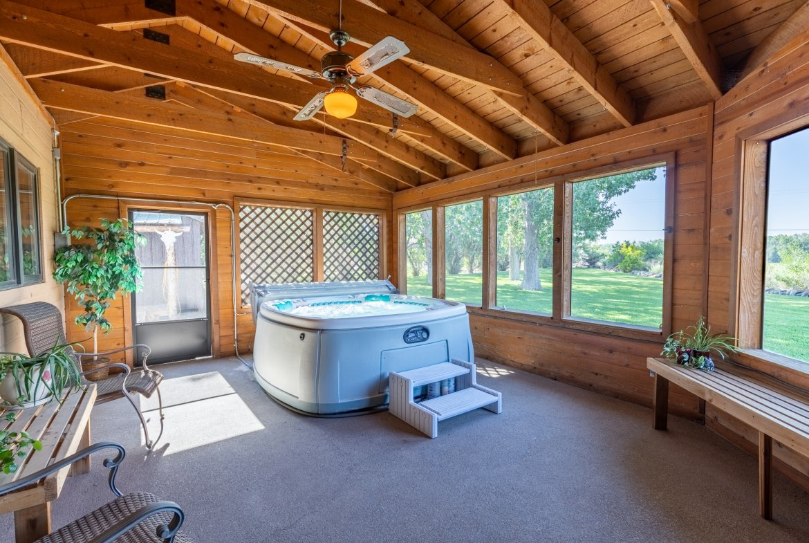 Hot Tub Room - 17777 6650 Rd Montrose, CO 81403 - Atha Team Country Real Estate