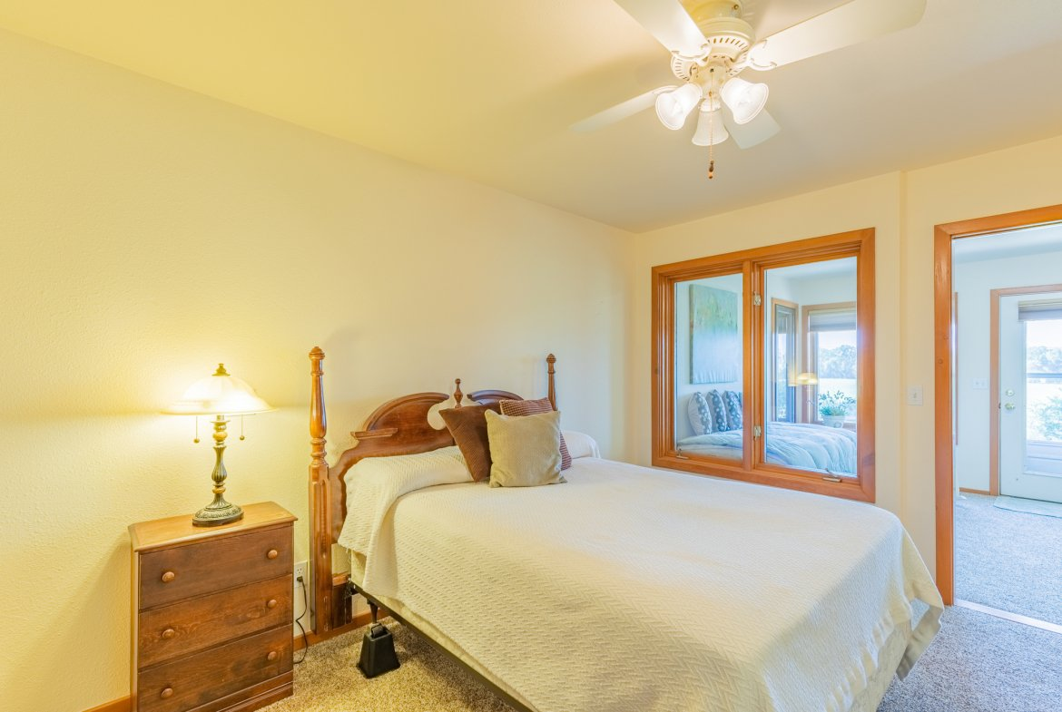 Bedroom with Ceiling Fan - 17777 6650 Rd Montrose, CO 81403 - Atha Team Country Real Estate