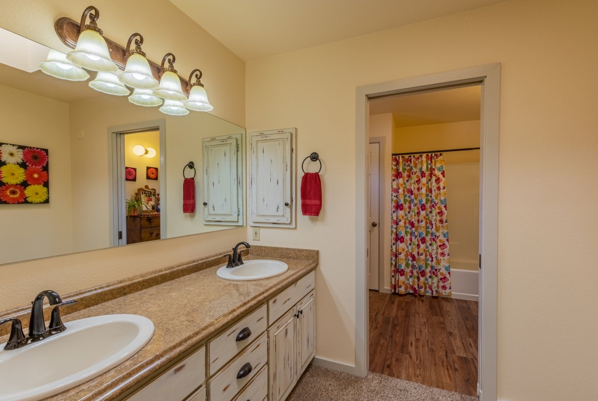 Master Bathroom with Dual Sinks - 17777 6650 Rd Montrose, CO 81403 - Atha Team Country Real Estate
