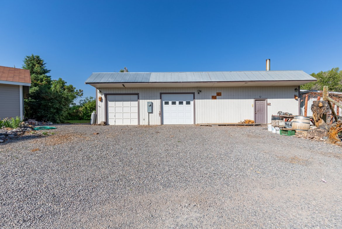 Detached 2 Car Garage and Shop - 17777 6650 Rd Montrose, CO 81403 - Atha Team Country Real Estate