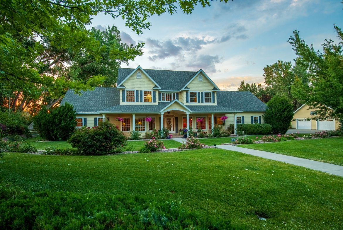 Twilight View of Luxury Property for Sale - 2049 Brook Way Montrose, Co 81403 - Atha Team Luxury Real Estate