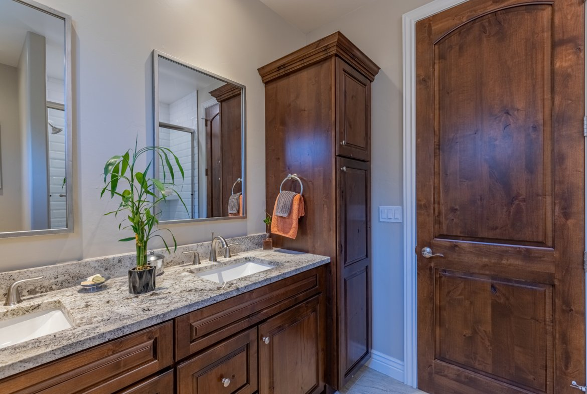 Guest Bathroom with Storage- 2927 Sleeping Bear Rd Montrose, CO 81401 - Atha Team Real Estate