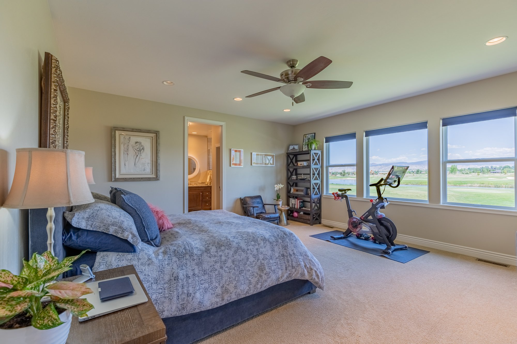 Master Bedroom with Ceiling Fan - 2927 Sleeping Bear Rd Montrose, CO 81401 - Atha Team Real Estate