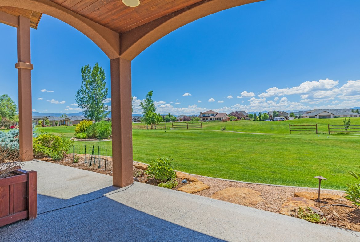 Covered Back Patio - 924 Courthouse Peak Lane Montrose, CO 81403 - Atha Team Golf Luxury Real Estate