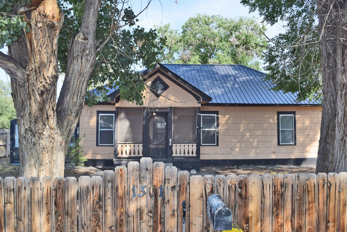 Fixer Upper - 1301 N. 1st St. Montrose, CO 81401 - Atha Team Realty