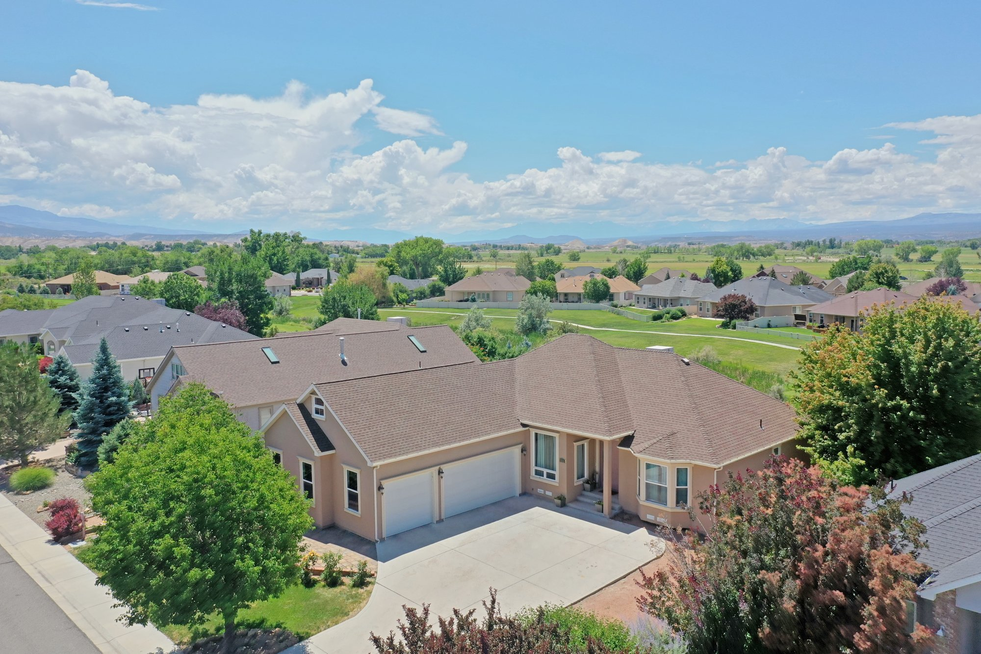 Front Aerial View - 2924 Lost Creek Rd S. Montrose, CO 81401 - Atha Team Real Estate Agents