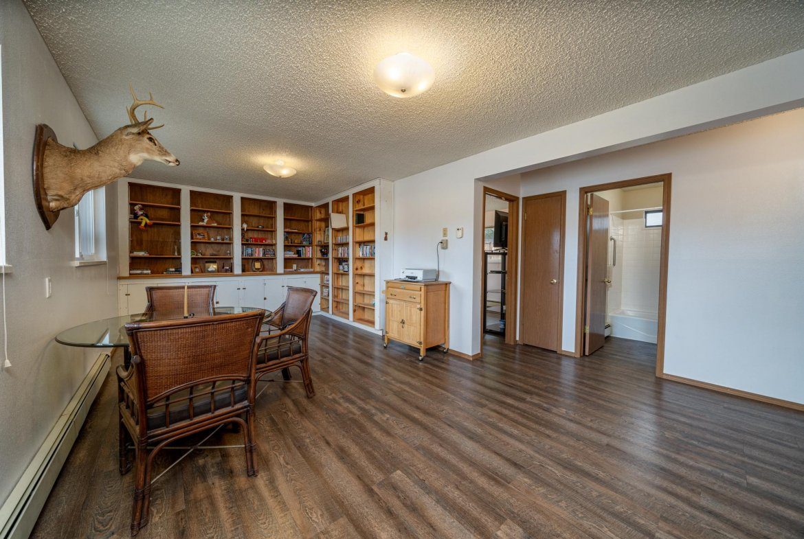 Office Area - 1311 Manchester Dr Montrose, CO 81401 - Atha Team Realty Agents
