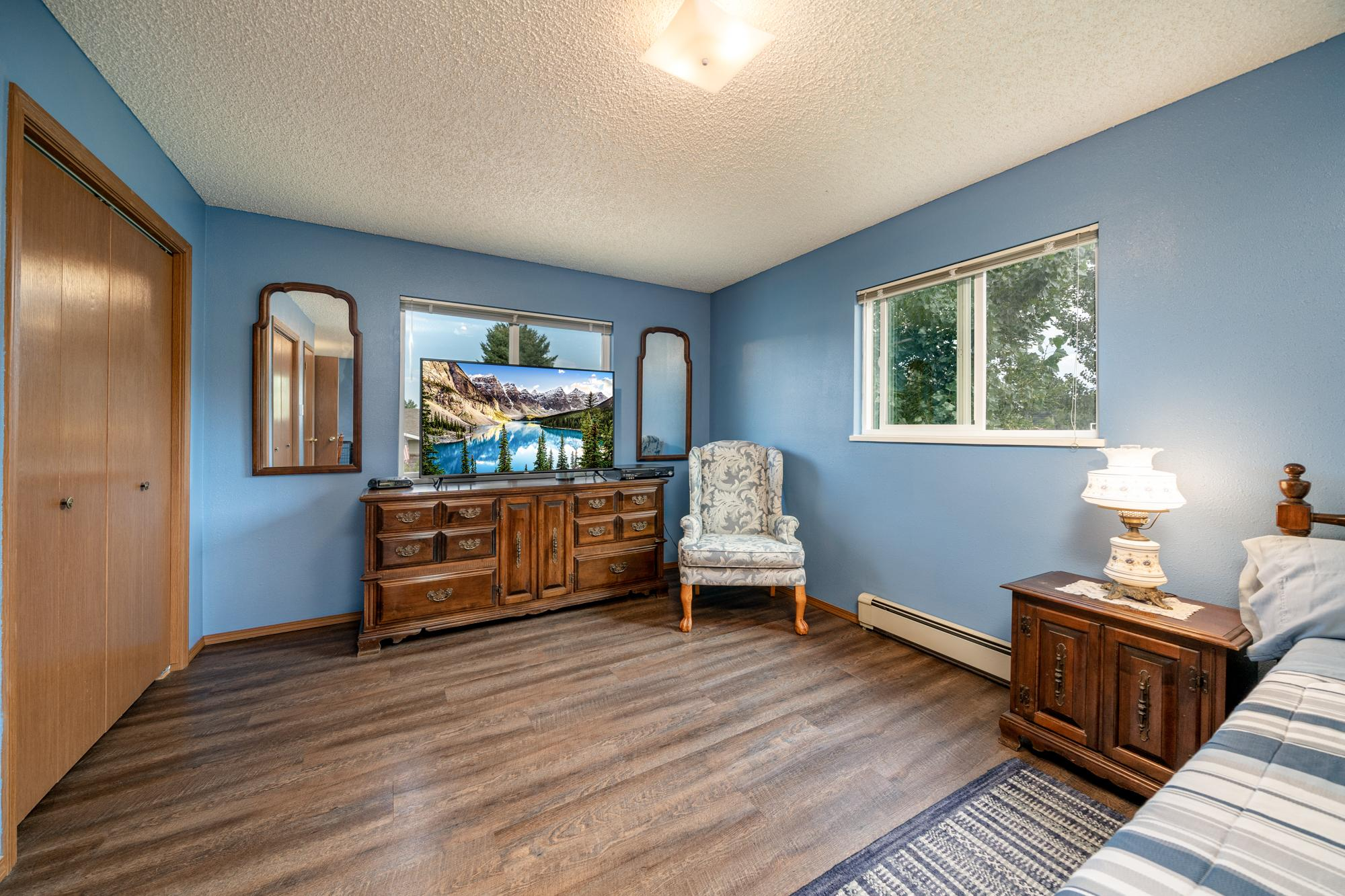 Main Bedroom with Window - 1311 Manchester Dr Montrose, CO 81401 - Atha Team Realty Agents