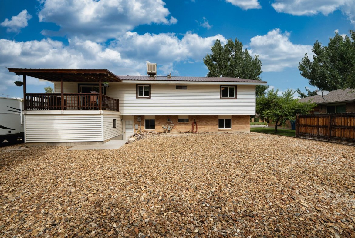 Back of Home for Sale - 1311 Manchester Dr Montrose, CO 81401 - Atha Team Realty Agents