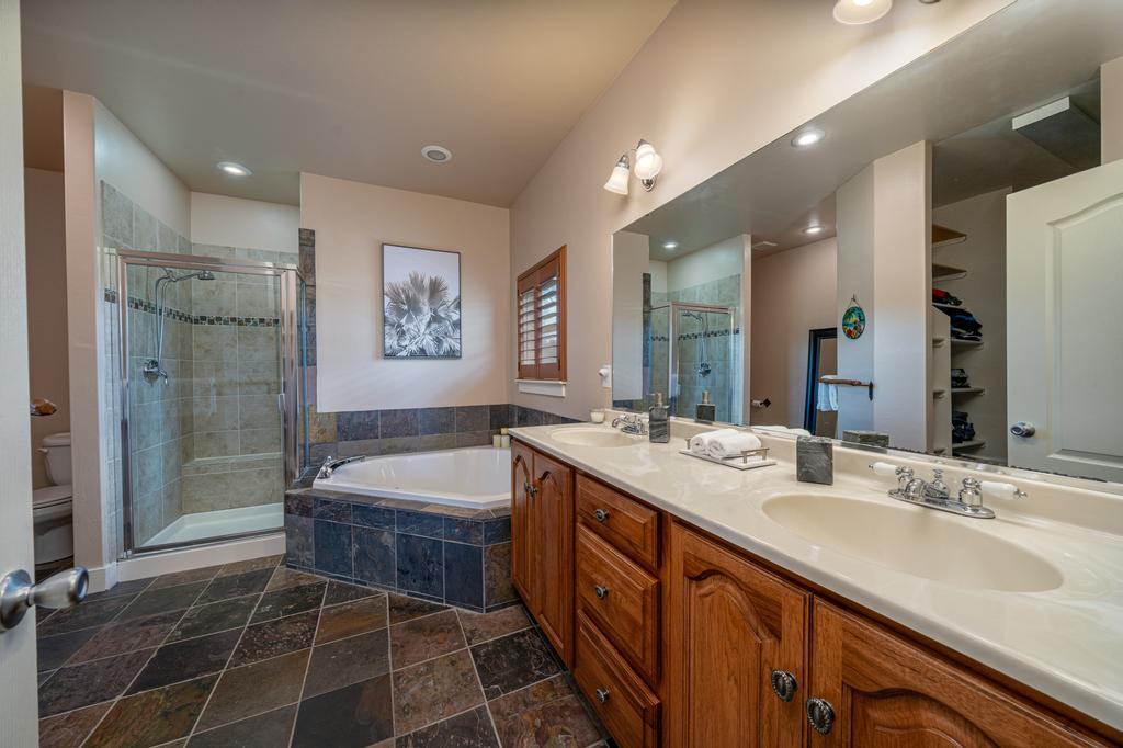 Main Bathroom with Dual Sinks - 481 Collins Way Montrose, CO 81403 - Atha Team Cobble Creek Real Estate