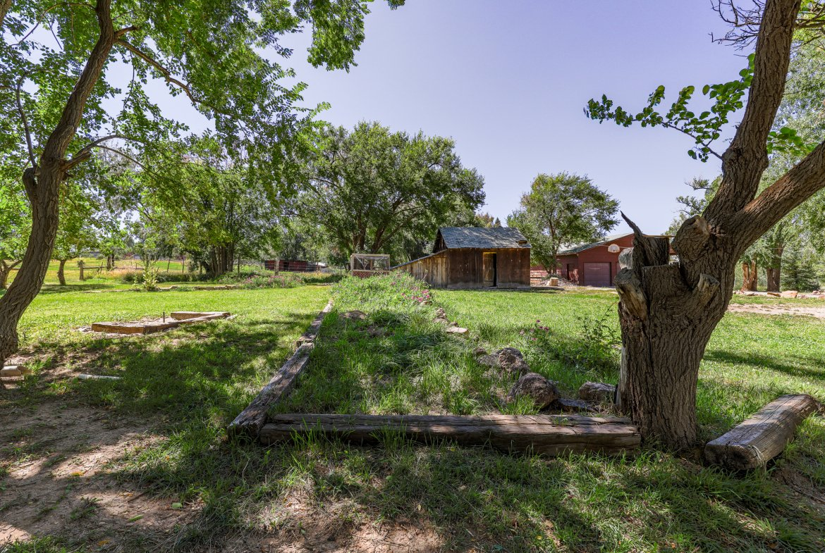Shaded property - 60276 Oak Grove Rd Montrose, CO 81403 - Atha Team Real Estate