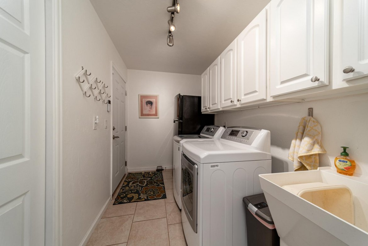 Laundry Room - 15552 6120 Rd Montrose, CO 81403 - Atha Team Country Real Estate