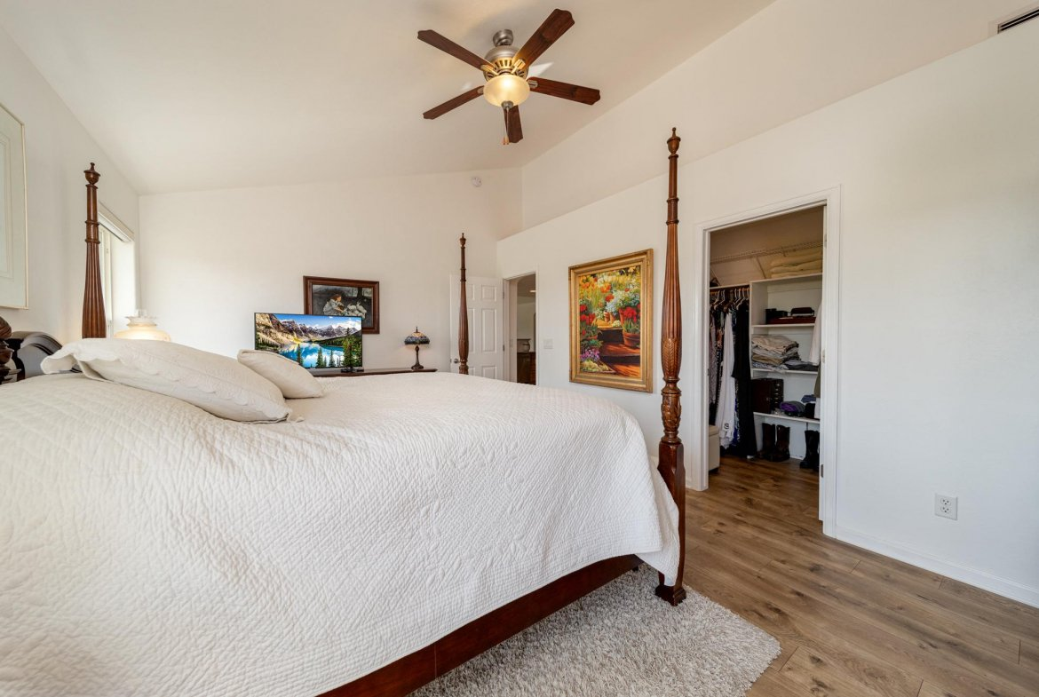 Primary Bedroom Suite - 15552 6120 Rd Montrose, CO 81403 - Atha Team Country Real Estate