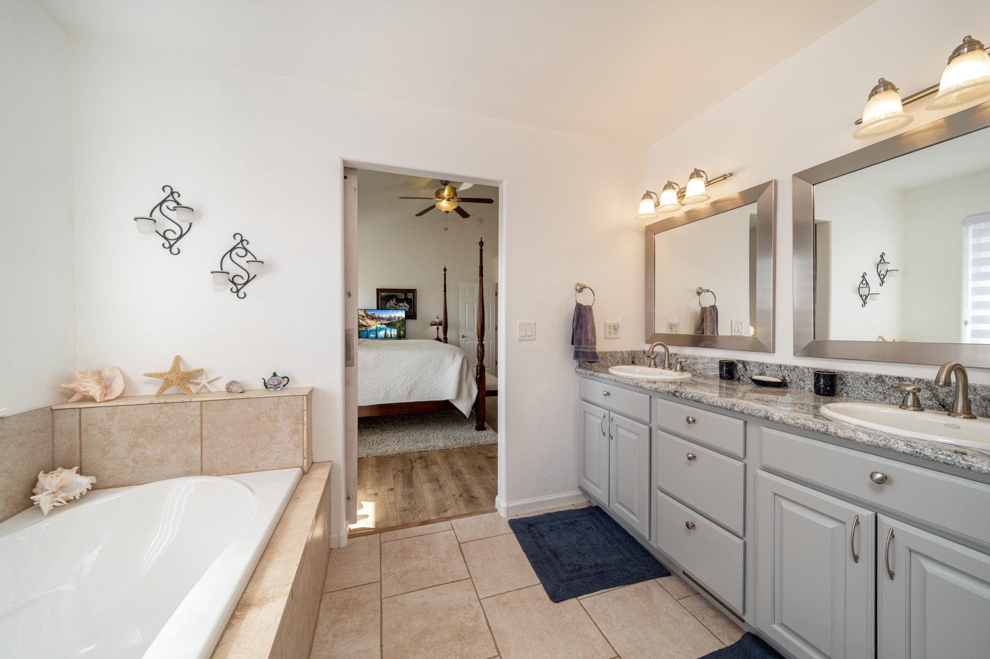 Primary Bathroom with Dual Sinks - 15552 6120 Rd Montrose, CO 81403 - Atha Team Country Real Estate