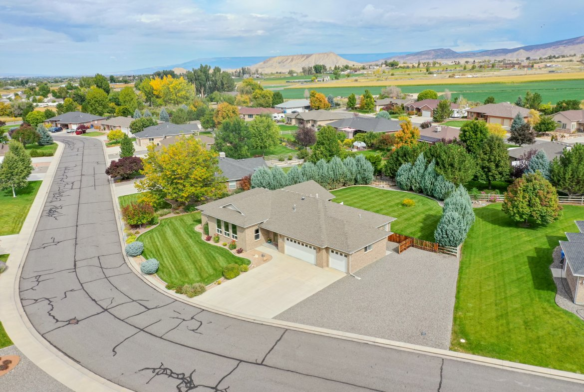 Aerial View Facing North - 2941 Ivy Dr Montrose, CO 81401 - Atha Team Real Estate