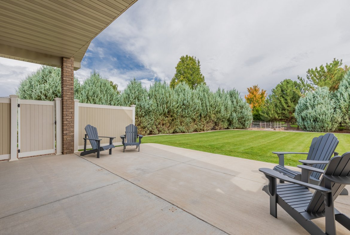 Covered Back Patio - 2941 Ivy Dr Montrose, CO 81401 - Atha Team Real Estate