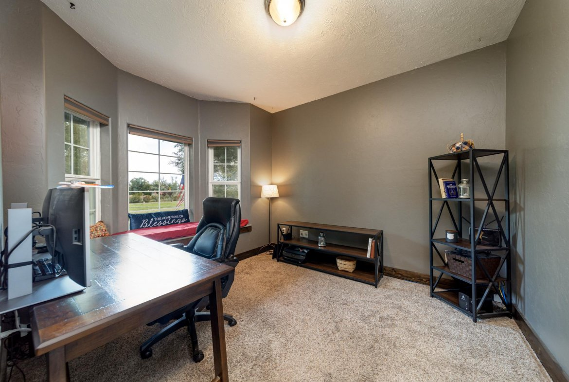 Office with Carpet - 12703 6100 Rd Montrose, CO 81403 - Atha Team Country Real Estate