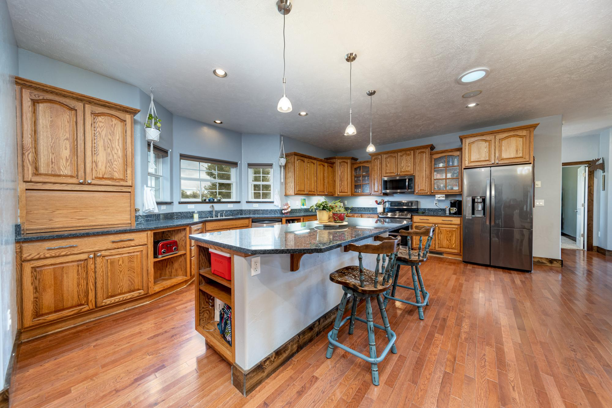 Kitchen Island - 12703 6100 Rd Montrose, CO 81403 - Atha Team Country Real Estate