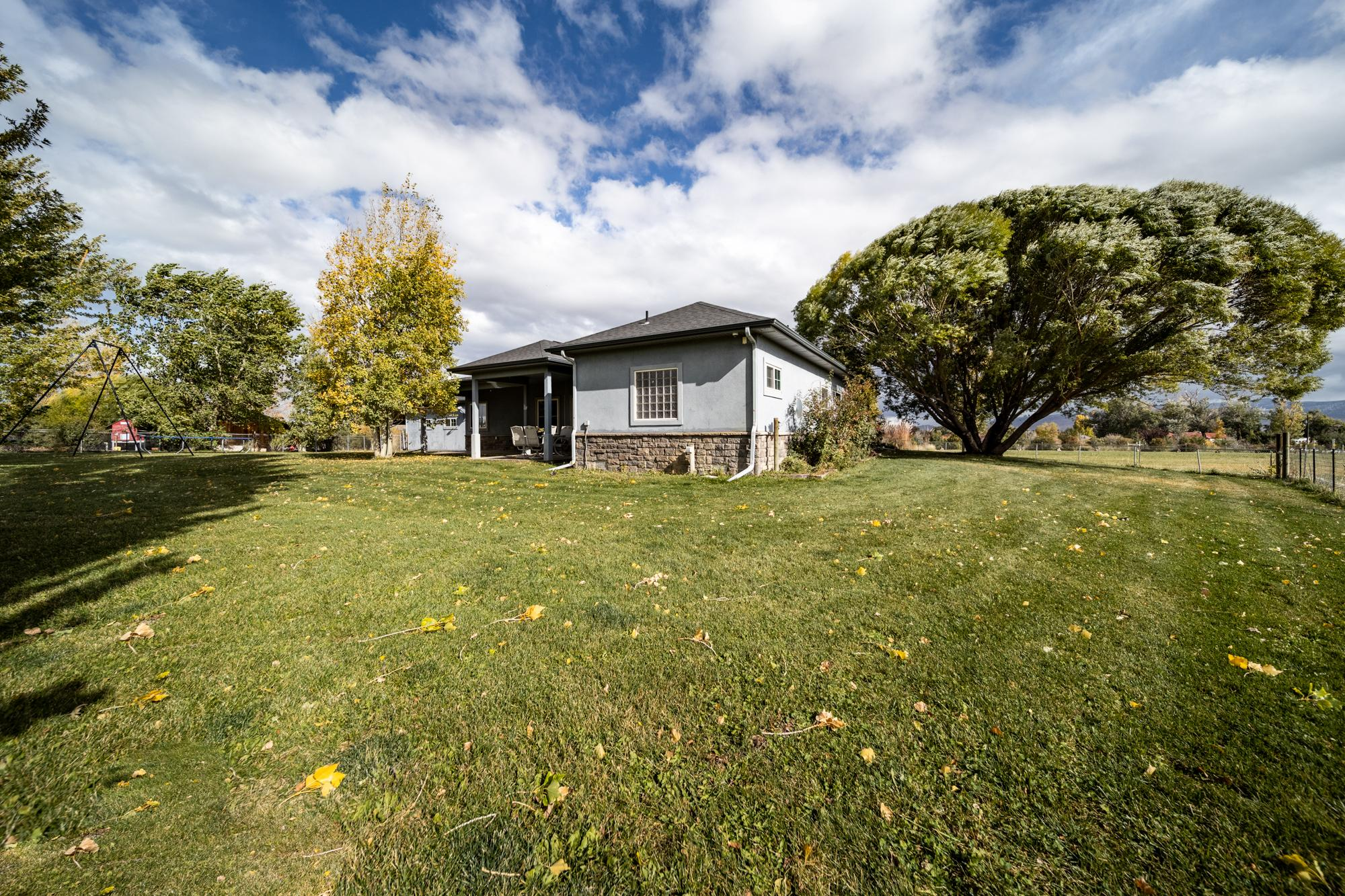 Front Lawn - 12703 6100 Rd Montrose, CO 81403 - Atha Team Country Real Estate