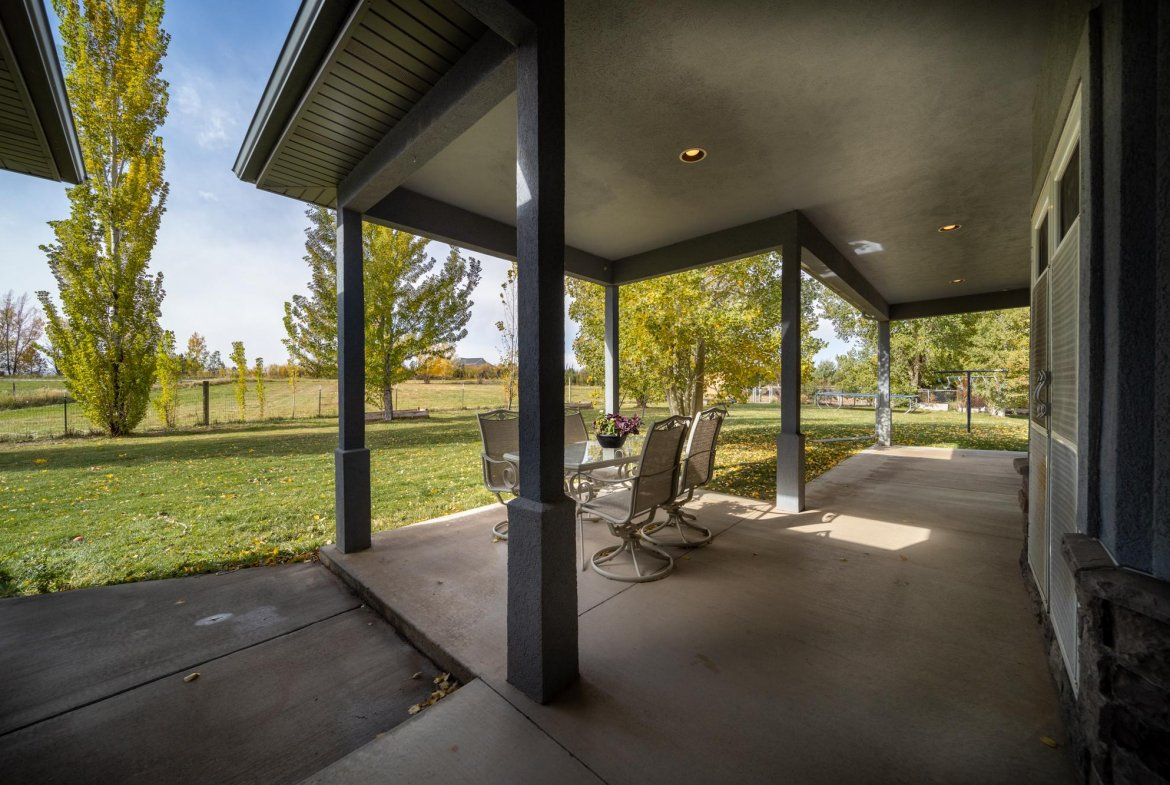 Back Yard View From Patio - 12703 6100 Rd Montrose, CO 81403 - Atha Team Country Real Estate