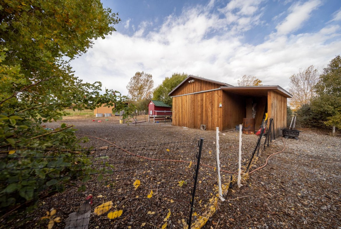 Shed with Lean-To Storage - 12703 6100 Rd Montrose, CO 81403 - Atha Team Country Real Estate